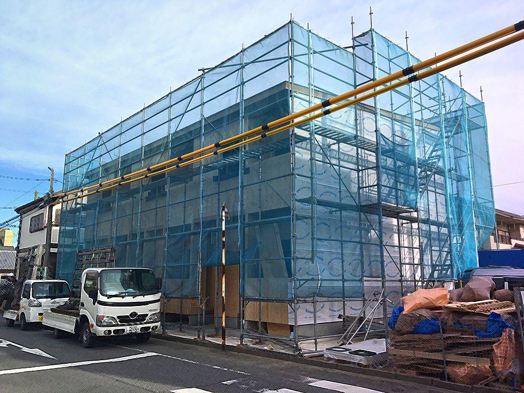 東松山市神明町アパートは、造作工事中