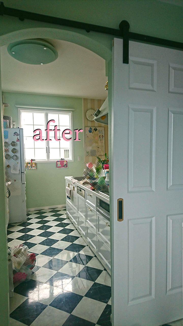 ねこキッチン侵入防止の扉